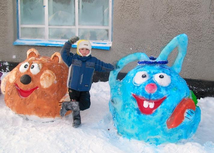 Как из снега сделать смешариков